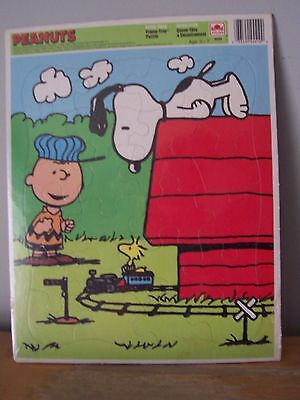 Extra Large Peanuts Golden Tray Puzzle-Snoopy, Charlie Brown, Woodstock-Sealed