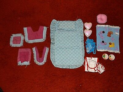 Vintage Sindy Bed, Bath and Household Items 1980's
