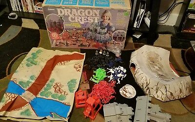 1982 Miner Dragon Crest Playset Gameset VERY RARE HARD TO FIND - GREEN FIGURES