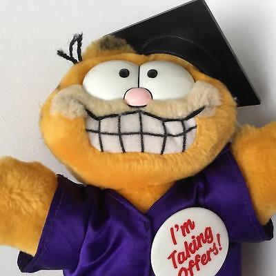 """Vintage 1980's Graduation Outfit Garfield Soft Toy, approx 9"""" Tall"""