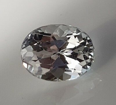 WaterfallGems White Topaz Oval, 9x7mm, 2.76ct