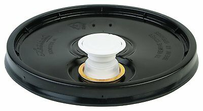 Hudson Exchange Premium Bucket Lid with Spout and Gasket, 5 Gallon, Black