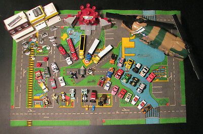 Micro Machine Lot 1987+ Insiders Semi-Trucks Service Station Helicopter Play Mat