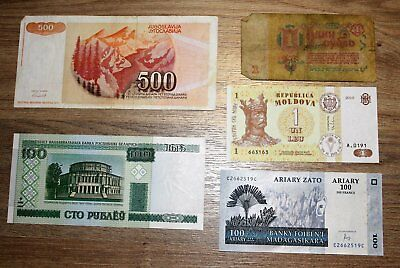 World Banknotes, 5 all different.  *World5.1.. 1-4*