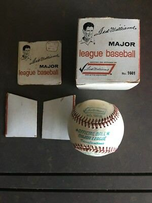 VINTAGE SEARS 1960'S TED WILLIAMS OFFICIAL BASEBALL No. 1601 WITH BOX