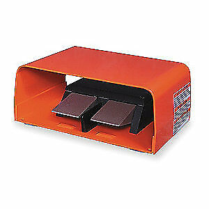 LI Aluminum Rvrsng Gnrl Prps Foot Swtch,Mmntry Actn, TWIN 88SH1-05, Orange/Black