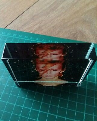 rare david bowie memorabilia 8cm by 6cm ideal for gift or collectable