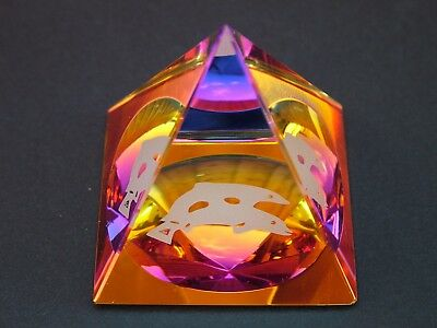 NEW Pyramid Dolphin Crystal Cut Glass Ornament
