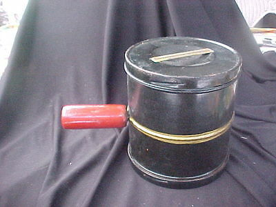 Vintage 5 Cup Metal Duplex Sifter With Wooden Handle Chicago USA