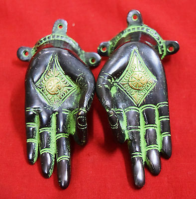 Antique Brass Door Handle Door Knobs Girl Hand Shaped Cabinet Pull Pair BM-454