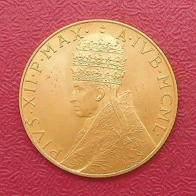 Vatican 1950 coin set include gold coin