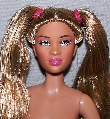 Nude Prettie Girls Doll - Hispanic Valencia Barbie Size Doll Articulated