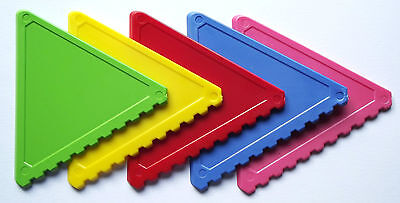 1 - 100 St Ice scraper Triangular shape in 6 - red yellow green blue pink white