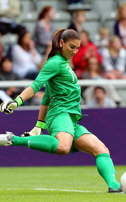 """031 Hope Solo - Team USA Keeper Football Soccer Wowen Olympic 14""""x22"""" Poster"""