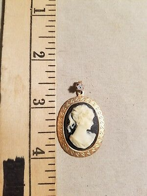 Vintage Black & White Cameo Pendant Stunning Estate Find Look
