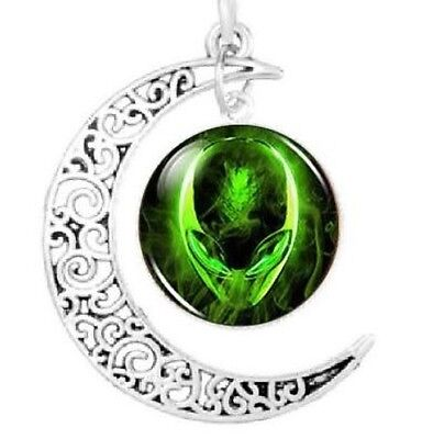 Alien Head With Crescent Moon Pendant Necklace UFO Believer Space Galaxy Jewelry