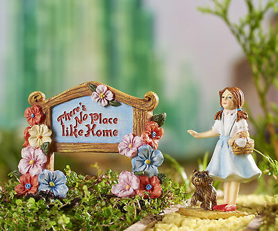 Miniature Dollhouse FAIRY GARDEN - Wizard of Oz -Dorothy and Sign - Accessories