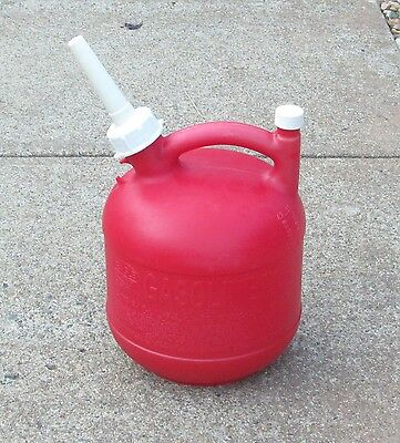 Vintage Eagle 1 1/4 Gallon Vented Gas Can with Screened Spout
