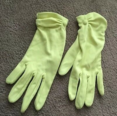 Vintage Ladies Lime Green Short Gloves - Medium - with Wrist Buttons