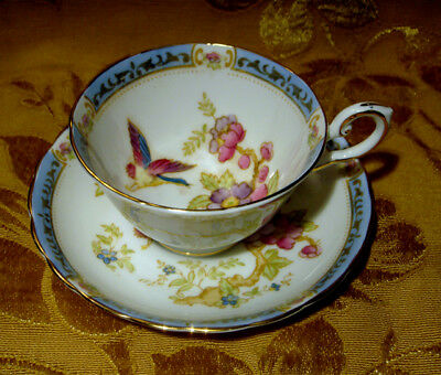 Vintage Tuscan Tea Cup & Saucer Bird & Floral C8993 Gold Trim Made In England