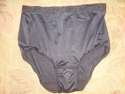 Vintage Vanity Fair Full Cut Panties Body Fresh Size 6 M Black Briefs