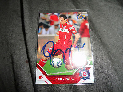 Chicago Fire Marco Pappa Autographed 2011 MLS UD Card