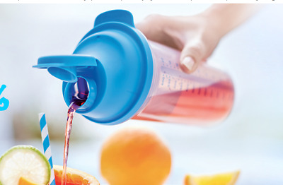 TUPPERWARE QUICK SHAKER PLUS & BATTER MIXER 600ml FREE POSTAGE
