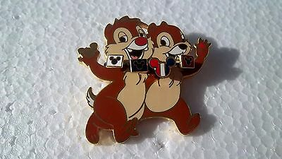 *~*disney Very Rare Chip & Dale Wearing A Lanyard Dsf Le 300 Pin*~*
