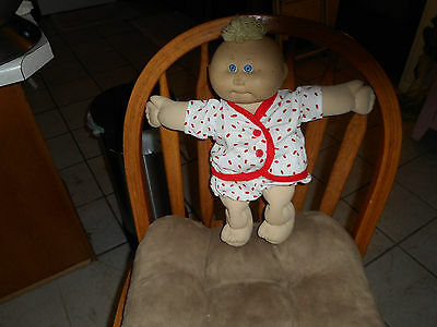 Top & Panties - White With Red Spots & Red Buttons Fits C.p. Preemies  (New)