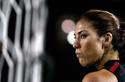 """025 Hope Solo - Team USA Keeper Football Soccer Wowen Olympic 21""""x14"""" Poster"""
