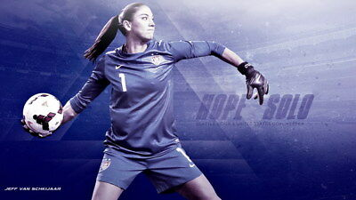 """040 Hope Solo - Team USA Keeper Football Soccer Wowen Olympic 24""""x14"""" Poster"""