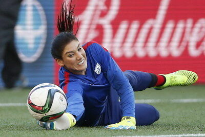 """047 Hope Solo - Team USA Keeper Football Soccer Wowen Olympic 36""""x24"""" Poster"""
