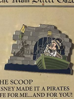 main street gazette pirates of the caribbean  mickey scoop! pin le 2000