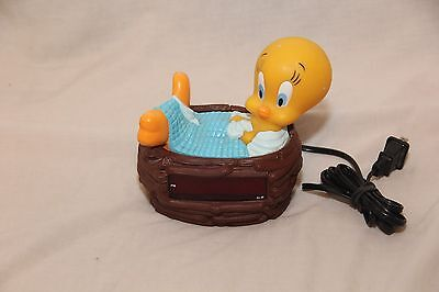 Vintage Looney Tunes TWEETY BIRD 1996 Digital Alarm Clock