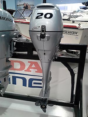 Honda Outboard Engine BF20