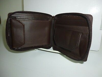 Mens Leather Zip Around And Coin Pocket Wallet With Photo Slots