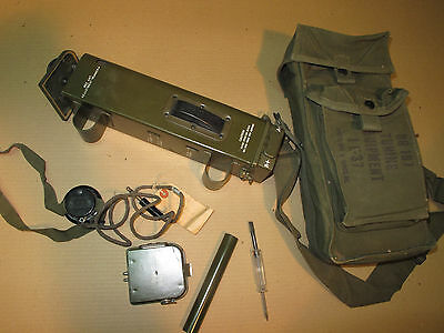 WWII Army Radio Signal Corps NOS SRC-536 BC-611 BG-197 Tuning Equiment IE-37