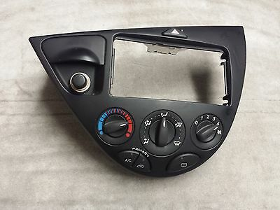 00 07 FORD FOCUS CLIMATE CONTROL PANEL A//C HEATER SWITCH SVT SE TEMP 03 04 05 01
