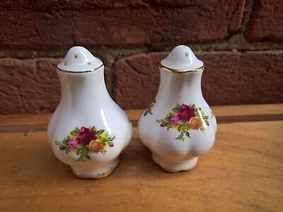 Royal Albert Old Country Roses Porcelain Salt And Pepper Pots