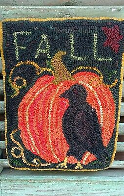 Primitive Hand Hooked Pumpkin Rug~ Folk Art~ Fall Crow and Pumpkin