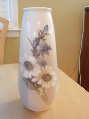 Large Royal Copenhagen Vase Bluebells and Daisies 2651/184