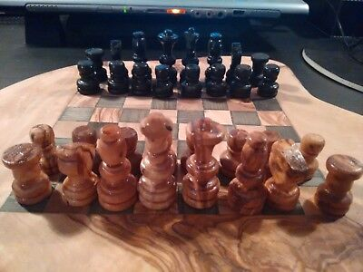 Handmade Greek olive wood chess board with chess pieces *New*