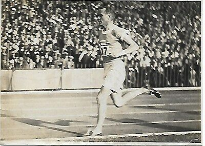 Paavo Nurmi Photo Athlétisme  Match France Finlande À Colombes 1932