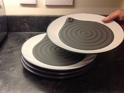 Microwave Plate Warmer - 4 pack - warms plates in the microwave in seconds