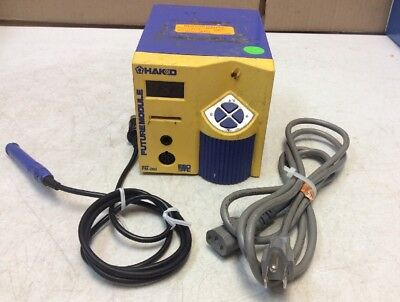 PRE-OWNED Hakko FM-202 Soldering Station w/Connector Assembly