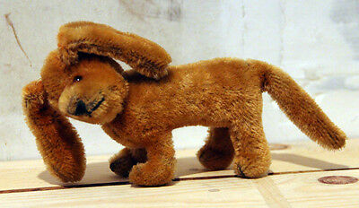 """CLEARANCE Vintage Golden Mohair Straw Filled Dachshund Spaniel Glass Eyes 3,5"""""""