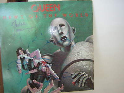 Queen Signed Lp News Of The World Freddie Mercury May Taylor Deacon