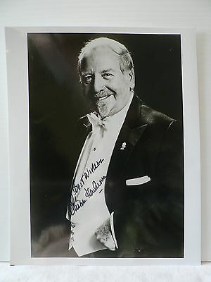 SKITCH HENDERSON *Pianist and Composer *  ORIGINAL AUTOGRAPH SIGNED PHOTO