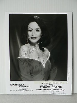 FREDA PAYNE  Jazz Singer Original Hand Signed Autograph 8 x 10 Photo