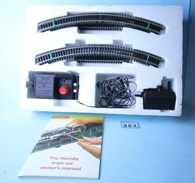Hornby 'oo' Gauge Oval Of Track & Power Controller/transformer #353
